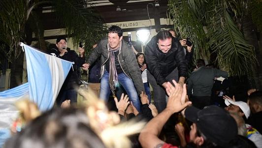 Natalio Graglia reelecto con el 52% en Villa Nueva: Caravana y festejos