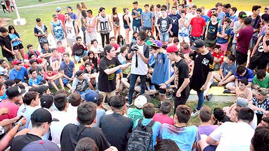 Te espero en la esquina: Comienzan las batallas de rap en Villa Nueva