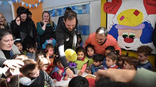 Schiaretti sopló la velita por los 70 en jardín de infantes de Villa María