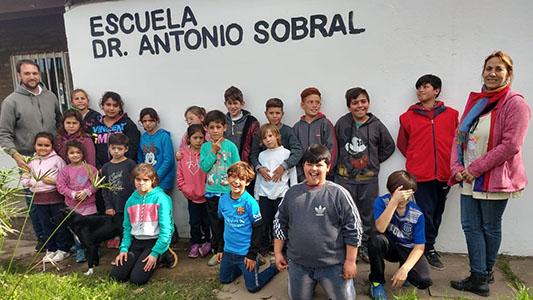 Caravana solidaria de motoqueros llevará donaciones a escuela de Villa Nueva