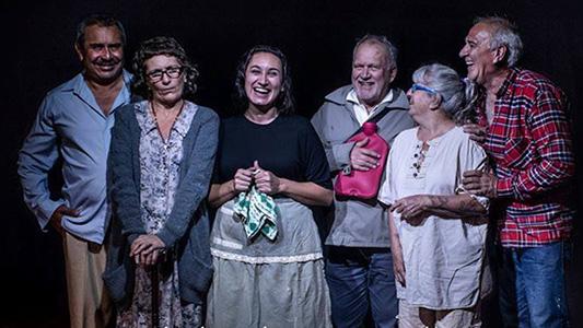 """Villa María va al teatro: Presentan la obra """"La bolsa de agua caliente"""" en el Favio"""