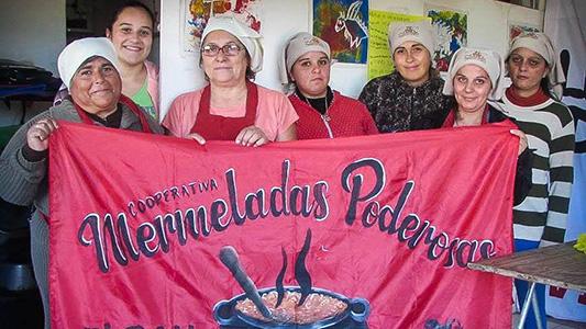 Ellas van al frente: Son una cooperativa de barrio San Nicolás que produce mermeladas