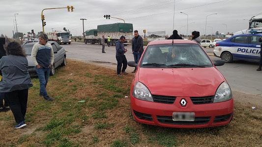 Peatona con lesiones graves: Fue atropellada en la ruta frente a Las Acacias