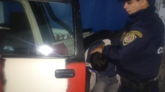 Por violación de domicilio: Detuvieron a un hombre en Villa Nueva