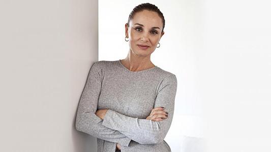 """La """"diseñadora de las estrellas"""" estará en Villa María y dictará una charla sobre tendencias"""