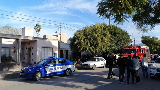 Incendio en barrio Güemes: Comenzó en un galpón