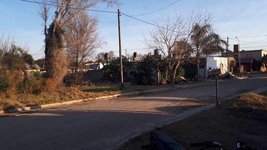Calle abandonada: Vecinos denuncian que no llega ningún servicio a esa cuadra