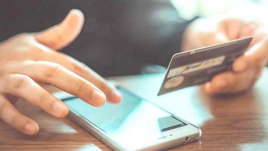 Advierten intentos de engaño con falsos premios de compañía telefónica