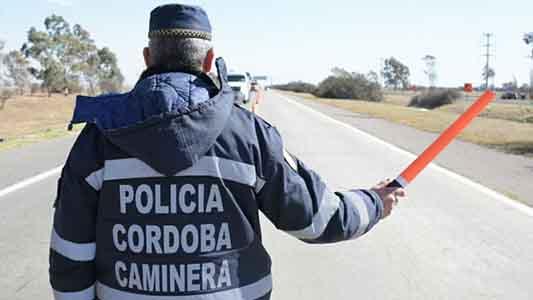 Tenía pedido de captura y fue detenido en un control policial cerca de Las Varillas