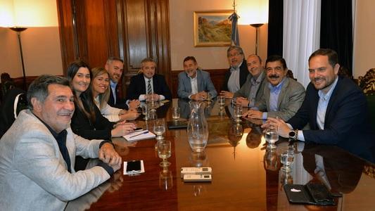Gill en Buenos Aires con Fernández y dirigentes del Frente de Todos