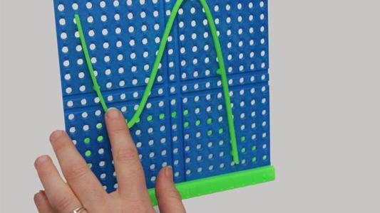 Se capacitaron para enseñar matemática a personas con ceguera