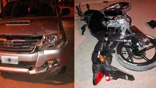 Grave choque en Etruria: Un menor en moto y otro joven que manejaba alcoholizado