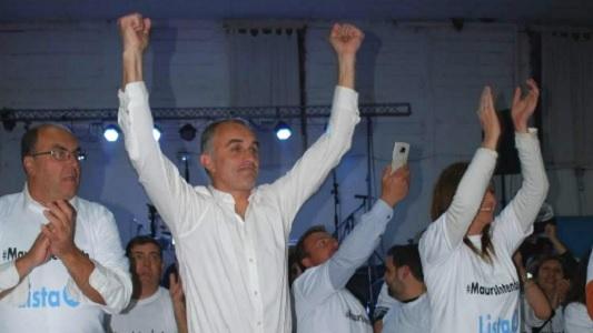 Por 300 votos cambió de mando la intendencia de Las Varillas