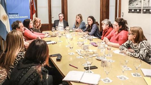 Por sindicatos menos sexistas: Los capacitarán en derechos de género y diversidad