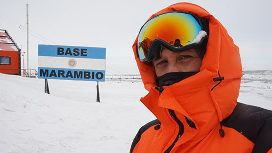 """La experiencia de Fabricio Rodriguez en Antártida: """"Llevamos el folclore a Marambio"""""""