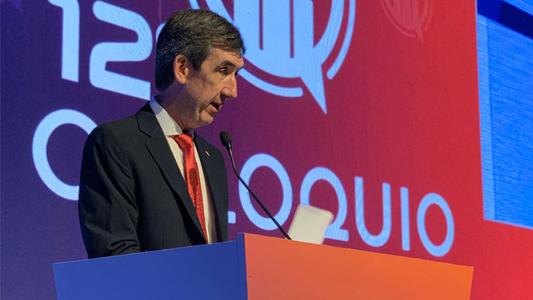 Un villamariense frente a los líderes políticos del país: Qué dijo Marcelo Uribarren en el coloquio de la UIC