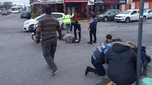 Interceptaron en barrio Industrial auto que chocó y dejó a mujer fracturada