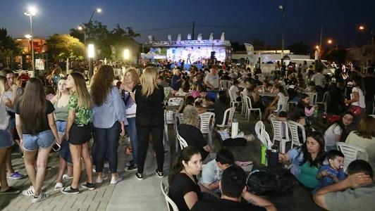 Más de 9.000 personas pasaron por la Fiesta Mediterránea