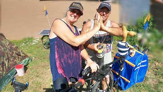 Llevan casi 30 años juntos y salieron a recorrer Argentina en bicicleta