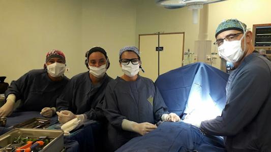 Salió con éxito compleja operación en el rostro a joven accidentado