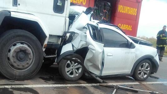 Bajo fuerte tormenta hubo un choque en cadena entre Arroyo Cabral y Luca