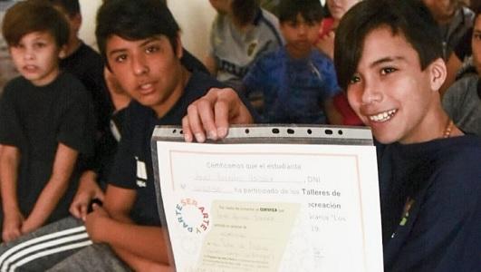 Siempre se puede más: 6 jóvenes de la Escuela Granja terminaron la primaria