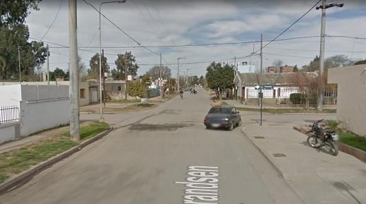 Herido en una esquina: Suponen que un auto lo atropelló y se fugó
