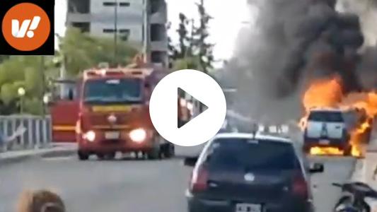 Video: Se prendió fuego camioneta en la que iban dos adultos y una menor de 3 años