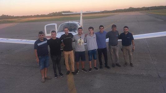 Por primera vez en más de 80 años el Aeroclub local tiene pilotos comerciales