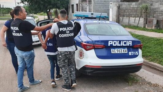 Detienen a dos arrebatadores que habían atacado a una joven