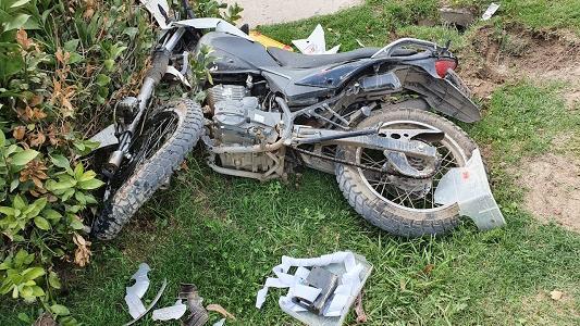 Grave accidente con auto fugado: sospechan que fue un taxista