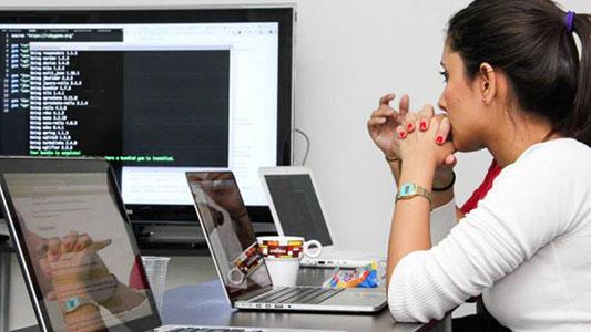 Inserción laboral: Cómo inscribirse al programa CLIP para trabajar con tecnologías
