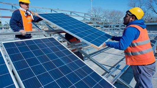 Cómo instalar paneles solares y venderle energía eléctrica a Epec