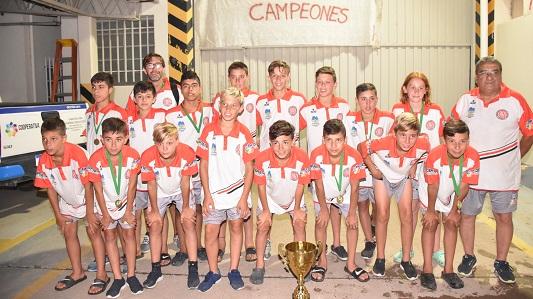Tío Pujio recibió en caravana a su campeones internacionales