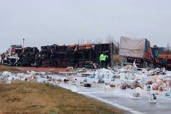 Murió camionero de Arroyo Algodón al chocar en la Autopista