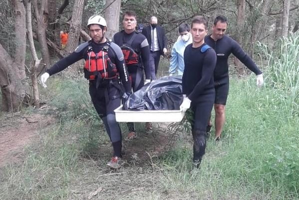 El padre bombero del joven ahogado: «No sabemos si estamos preparados cuando nos toca a nosotros»
