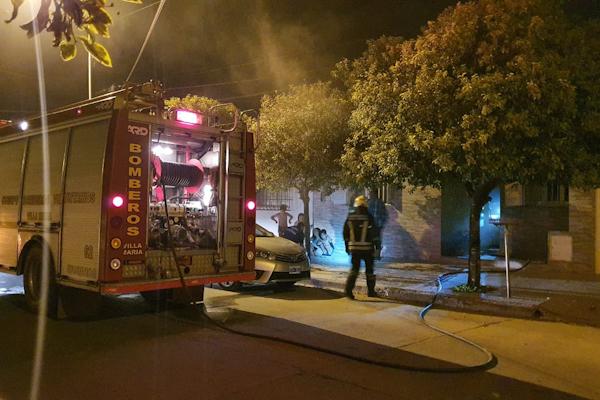 Incendio en una vivienda de barrio Lamadrid