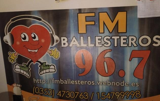 FM Ballesteros la radio que podría cerrar su puertas
